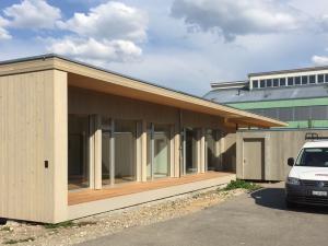 Schulhaus-DerendingenB800