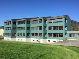 Schulhaus-HasleB800